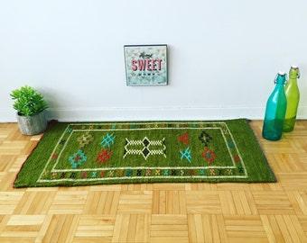 Moroccan rug, kilim rug, oriental rug, turkish rug «offrande»