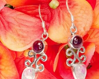 Silver Earrings,jewelry Moonstone,GARNET EARRINGS ,January Birthstone,Yoga Jewelry,Healing Jewelry,Chakra heal Earrings,Gemstone Jewelry