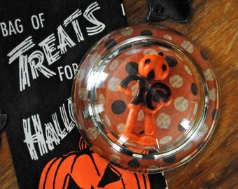 Vintage Halloween - Vintage Paperweight - Vintage Halloween Cupcake Topper - Glass Paperweight -  Collectible
