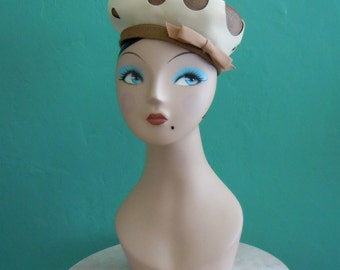 vintage 60's tan cut out tam hat // adolfo taupe cream tam hat