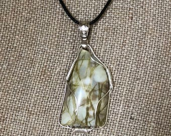 Natural yellow and green agate wire-wrapped pendant