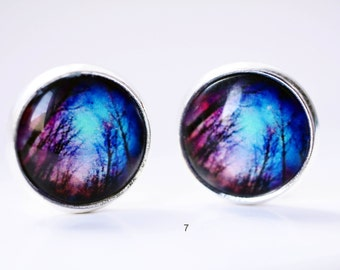 Trendy cabochon earring studs