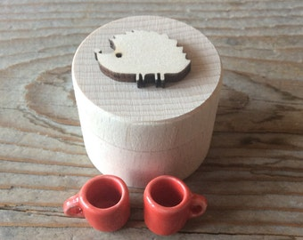 Small wooden box / tooth fairy box / treasure box / tiny round box / hedgehog box