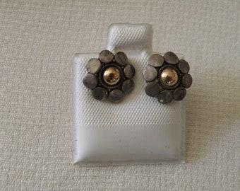 Daisy Sterling Silver Earrings