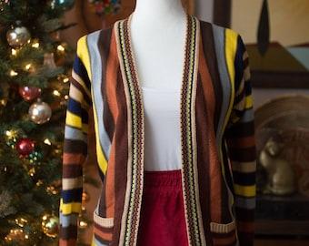 Adorable Vintage Vertical line Cardigan