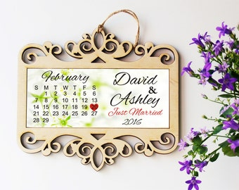 Wedding sign, Just married gift, Newlyweds gift, Wedding gift, Mr and Mrs, Bride and groom gift, For newlyweds, Engagement gift, Wedding
