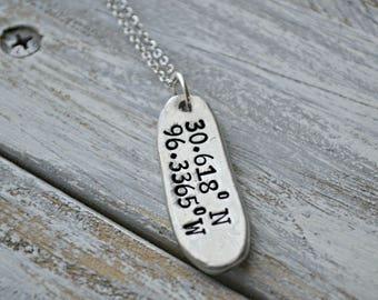 coordinates necklace, latitude and longitude necklace, personalized coordinates necklace, valentine's gift, anniversary gift, coordinates