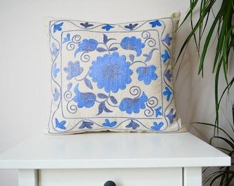 blue floral embroidered suzani pillow, ethnic suzani pillow, vintage bohemian pillow sofa couch pillow, boho home decor, eclectic home decor