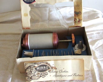 Mirro Cooky Pastry Press, Cookie Press and Recipe Book in Box, Mirro Aluminum Made in the USA