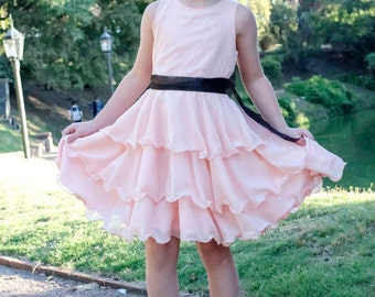 Maddie's Dress - 1 to 10 years - PDF Pattern and Instructions - circle skirt, 3/4 layers wide twirly skirt, flower girl