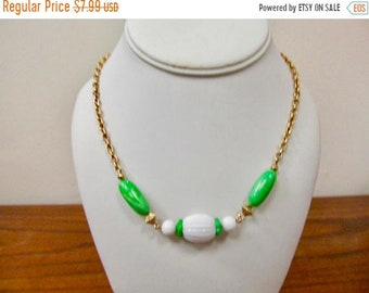 On Sale AVON Green and White Plastic Beaded Necklace Item K # 1710