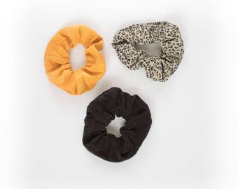 Scrunchie Bacca trio, coucleur mustard and leopard for your little ' little wild, and Brown larch wood, hand-made by coop five to midnight