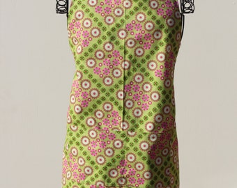 Green Garden Chef apron with adjustable straps