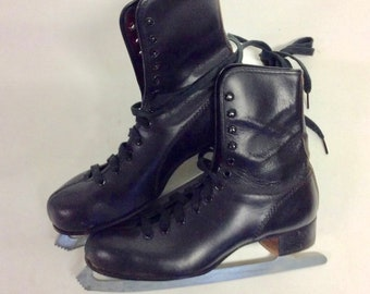 Mens Vintage Black Leather Ice Skates 8