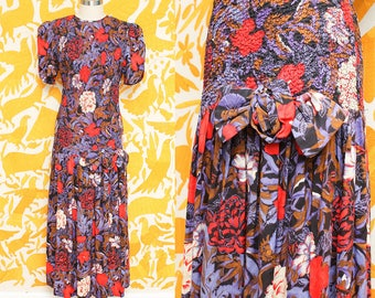 Purple Red Floral Dress // Ruched Maxi Dress // 80s Act I Smocked Bodice Stretchy Cinched Long Day Bow Trumpet Skirt Dress Size Small