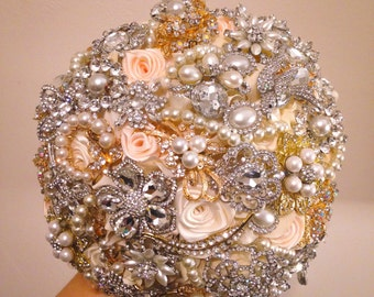 Champagne Brooch Bouquet. FULL PRICE Ivory Champagne Rose gold Silver Classic Rich Bridal Broach Bouquet.