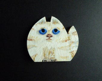 Hand painted Cat magnet, Cute cat magnet, Blue eyed Cat, Wooden magnet, Whimsy magnet, Kitten magnet, Unique gift, Mini Card included,