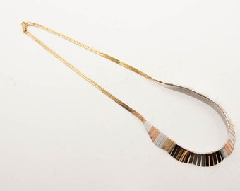 Vintage sterling silver necklace with gold plated details-very unusual and beautiful 7264 length 46cm.
