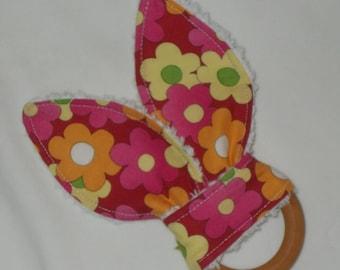 Pink Daisy Mae Flowers Rabbit Ears Wooden Teething Ring - SALE