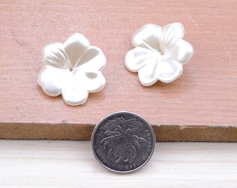 50pcs ivory flower,resin flower setting on earrings,resin flowers plastic flower setting on earrings,1.1inch