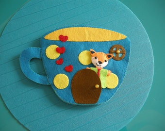 Quiet Book-The lodge of Mr. Fox-Cup in felt furnished