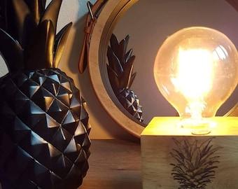 PINEAPPLE lamp: Hello Summer!
