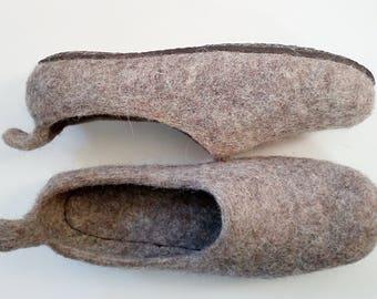 Beige slippers-house shoes-valenki-house wool felt slippers warm adult custom slippers felted wool slippers-white-grey clogs organic wool