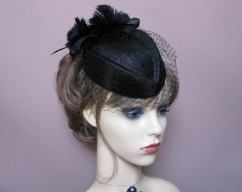 Black pillbox hat wedding funeral 1950s 1960s vintage style headpiece Ascot races veiled percher fascinator evening cocktail formal headwear