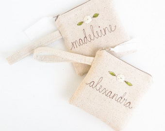 Flower Girl Gift Ideas, Will You Be My Flower Girl, Personalized Girls Wedding Bag, Personalized Wedding Wristlet, White Floral Bag