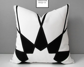 Decorative Black & White Outdoor Pillow Cover, Modern Geometric, Art Deco Throw Pillow Cover, Sunbrella Pillow Cushion Cover, Mazizmuse