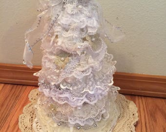 Lace Christmas Tree