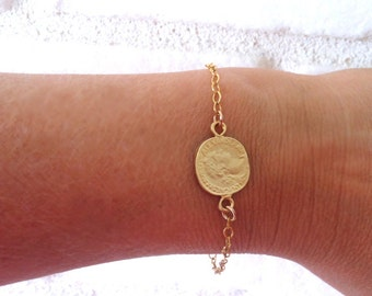 Gold Coin Bracelet, Goldfilled Chain, Goldplated Coin Pendant,  Coin Jewelry, Everyday jewelry,Minimalist Jewelry,Gold Jewelry,Gift Bracelet