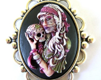 Hand Painted Lolita Cameo Necklace Lolita with Skull Necklace Lady Weeping Necklace Lolita Necklace Silver Necklace Red Hair Vintage Style