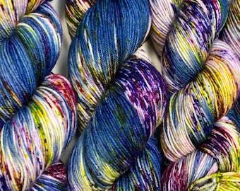 Hand dyed sock yarn, superwash merino & nylon, 463 yds / 100 grams. Great for knitting, crocheting, weaving