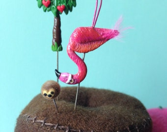 NEW DESIGN Alice in Wonderland Flamingo Croquet Mallet with Hedgehog Ball and Queen of Hearts Tree Pin Topper Set