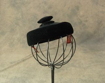 Vintage 60er Jahre Mütze - 1960er Jahre schwarz samt Baskenmütze Taste Top Mini Baskenmütze Topper Hat