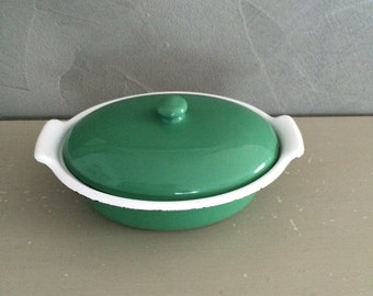 Dutch oven or casserole in enamelled cast iron vintage
