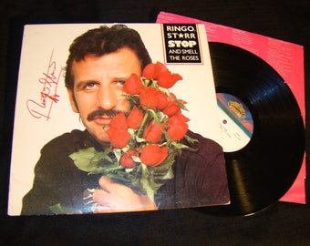 Beatles Ringo Starr original Signed Autographed Smell the Roses album would make the perfect gift includes orgination letter