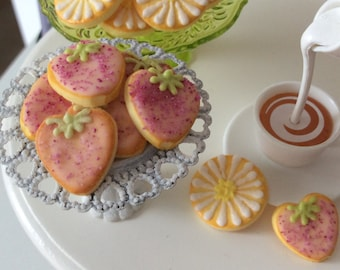 Set Of  Four Playscale Strawberry Cookies for Blythe