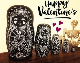 Russian nesting dolls, matryoshka dolls in dolls, Valentine's Day gift, valentines illustration decor