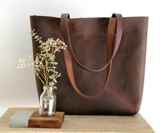 """Ready to ship!! Large Brown Leather tote bag, handles sewn. """"Cabas Illa Roja"""". Premium sturdy distressed leather.  Handmade"""