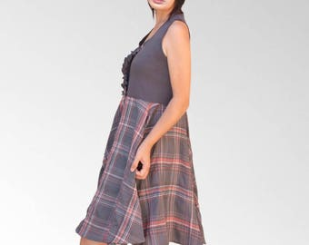 Vintage Style grey dress and sleeveless tile
