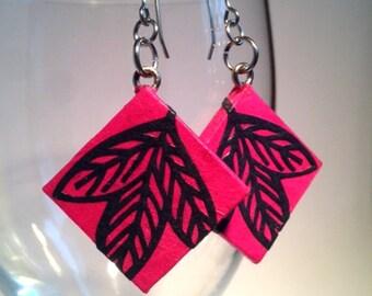 Hot Pink Leaf Hanji Paper Earrings Leaf Design Square Fuchsia Navy Dangle Earrings Hypoallergenic hooks Lightweight Ear rings