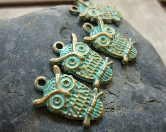 Handpainted Verdigris Patina Owl on a Branch Metal Charms (18013) - 23x15mm