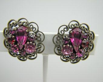 Vintage Weiss Fuschia Pink Purple Rhinestone Earrings. Antique Gold Filigree. Clip Backs. Signed. C1950