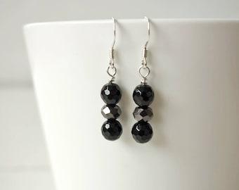 Sparkly black earrings minimalist small earrings black stones earrings small dangle earrings for women