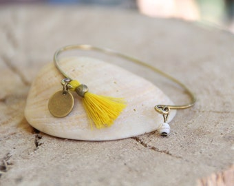 Bangle, mustard yellow Pompom