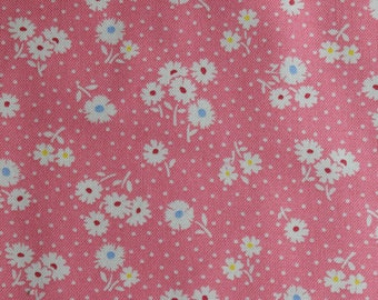 """Half Yard of Atsuko Matsuyama 30's Collection Small white Daisies and Dots on Pink Background by Yuwa Fabric. Approx. 18"""" x 42"""