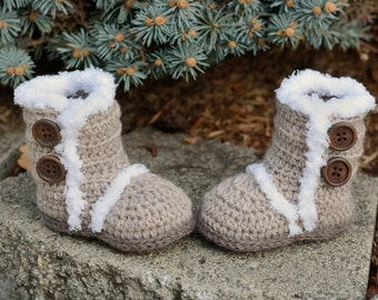 Crochet Baby Boots, Light Brown Boots, Baby Girl Boots, Crocheted Boots, Booties, Baby Gift, Winter Boots