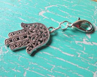 Trailer * Fatima's hand jewellery charms keychain